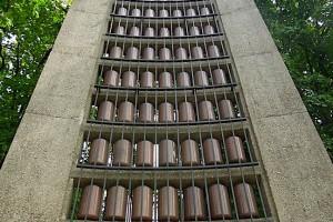 Urnen das Mahnmals für die Opfer von NS-Verfolgung