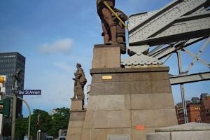 Statue von Vasco da Gama und von Christoph Kolumbus