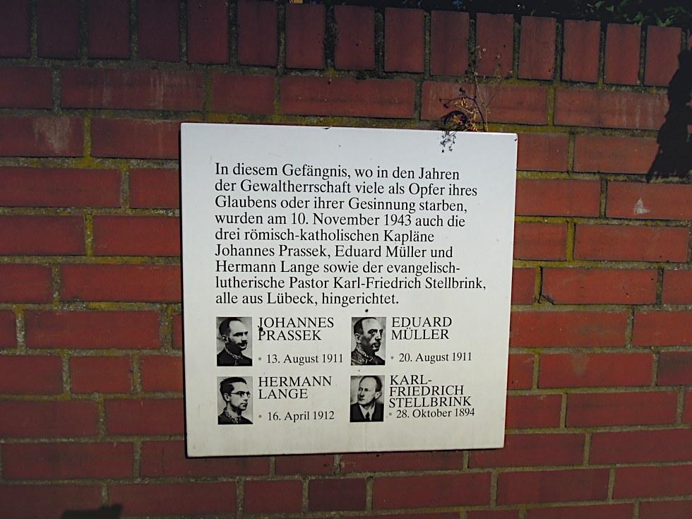 Tafel mit den Lübecker Märtyrern