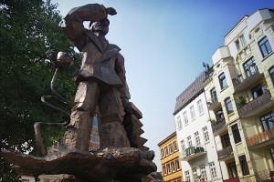 Hans Albers-Denkmal