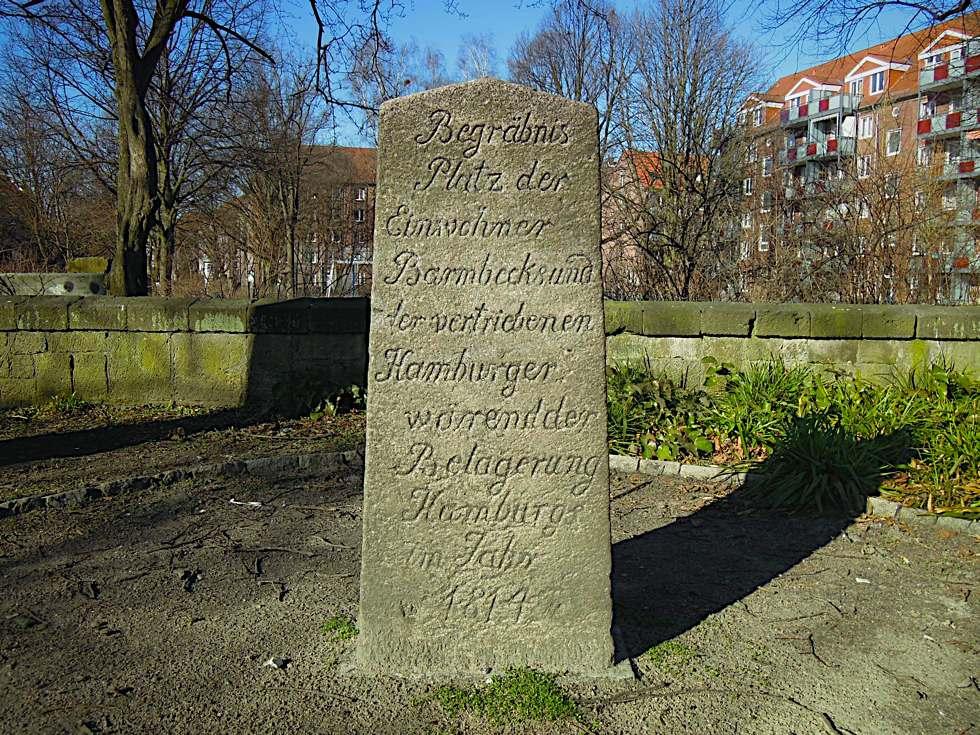 Grabmal, das an die Toten des Winters 1813 gedenkt