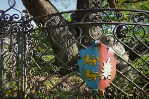Schleswig-Holstein-Wappen auf einer Blechtafel